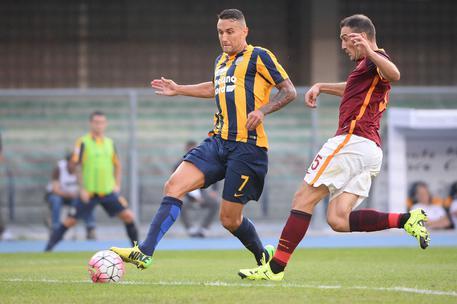 Alcune immagini della partita Verona-Roma © ANSA