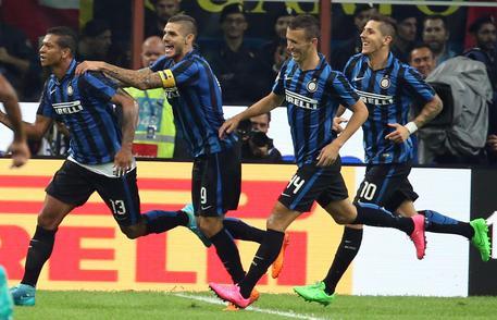 Inter batte Milan 1-0 e vola in vetta 46f729c1edd796b35b3f1b840b23b3ed