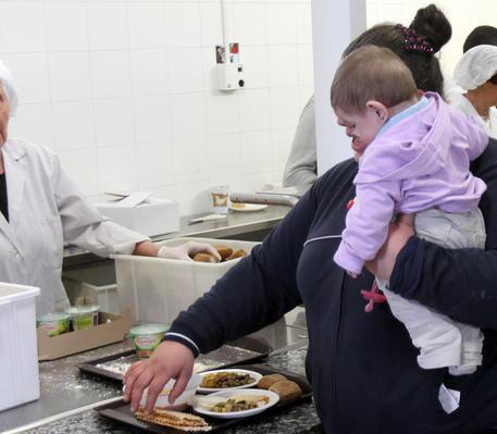 In Italia 3 milioni e mezzo di minori a rischio povertà