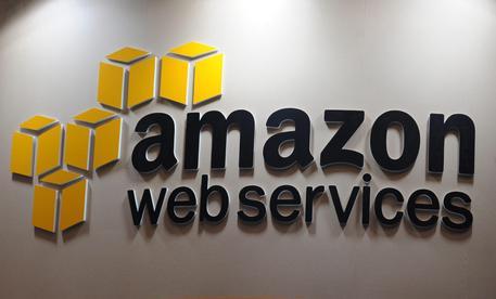 Amazon e LinkedIn, trimestrali sopra le attese