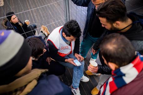 La Svizzera confisca i beni ai profughi Ci servono per mantenervi