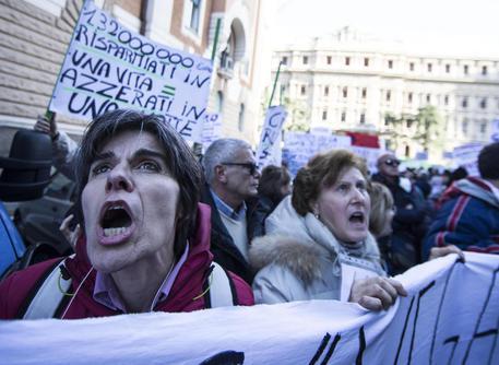Veneto Banca, esposto Condacons alla Consob