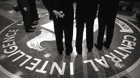 Obama ha ordinato alla Cia di preparare un cyber-attacco contro la Russia