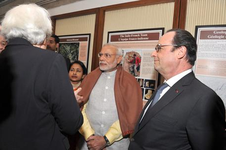 Hollande arriva in India © EPA