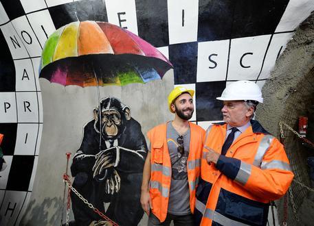 Risultati immagini per Il tunnel esplorativo della futura Torino-Lione diventa galleria d'arte