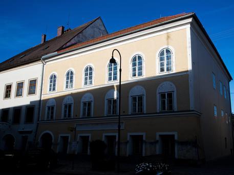 Austria, demolire casa natale di Hitler