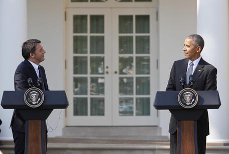 Renzi alla Casa Bianca, Obama loda l'impegno per le riforme