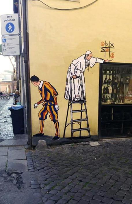 Pope mural removed from Rome street - English - ANSA.it