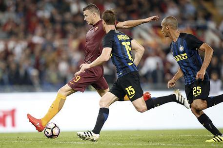 Serie A: Roma-Inter 2-1 146c5e872bfbff53b54599cbffea09b8