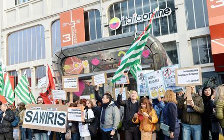 Italiaonline:protesta a Torino dei 700 esuberi.Sciopero, oggi incontro al Mise