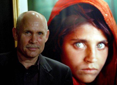 Arrestata la ragazza afgana fotografata da Steve McCurry