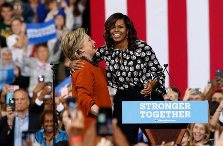 Michelle, Clinton più esperta di Barack