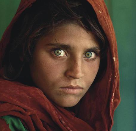 Pakistan, rimane in carcere Sharbat Bibi, la