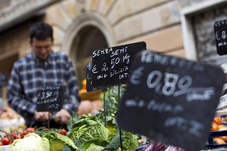 Nell'eurozona accelerano i prezzi, ma in Italia è deflazione