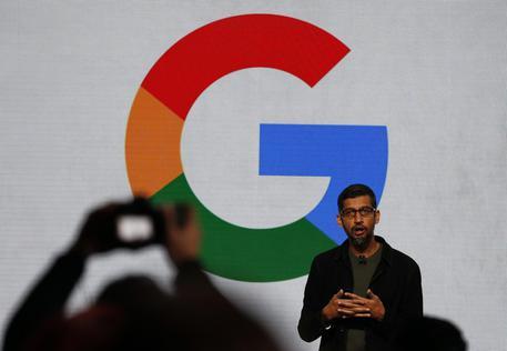 Google spinge su smartphone, recluta ex di Apple e Amazon