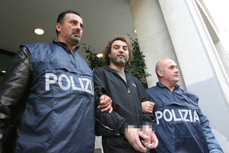 Ndrangheta, arrestato il boss Antonio Pelle era nascosto in un'intercapedine