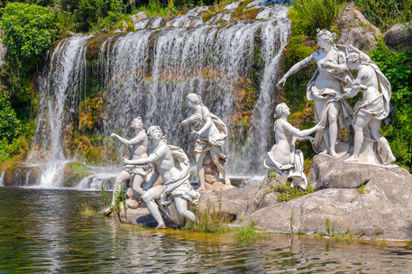 La Reggia di Caserta inaugura la serie di Rai Cultura