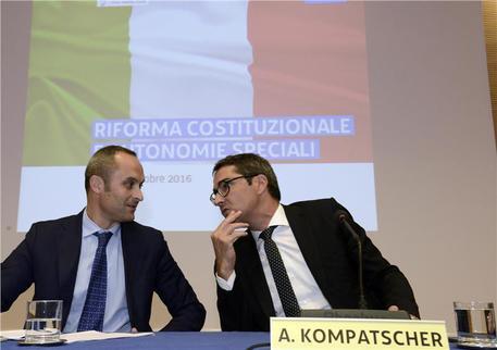 Autonomie: firmata Carta Udine. Costa, tappa fondamentale