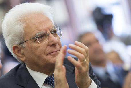 Referendum: Mattarella, necessario rispetto reciproco