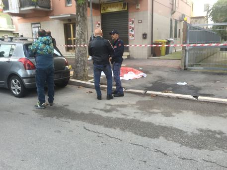Omicidio a Chieti Scalo, tagliata la gola a un 40enne