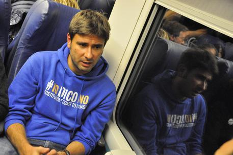 Treno Tour del M5S, Di Battista fa tappa a Foggia