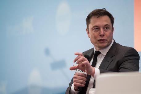 Microsoft, alleanza con Elon Musk per l'intelligenza artificiale