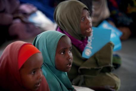 Giornata mondiale infanzia: Unicef, diritti quotidianamente violati per milioni di bambini