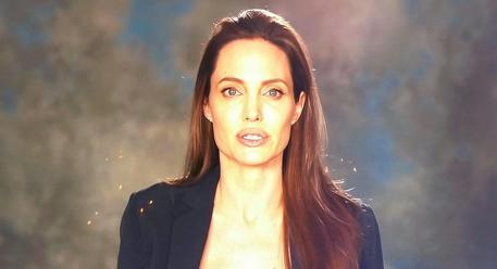Brad Pitt dimentica Angelina Jolie con Margot Robbie?