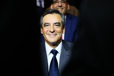 Francia: Fillon vince primarie centrodestra, Juppé: