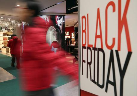Black Friday, Adoc: 30% dei consumatori pronto allo shopping
