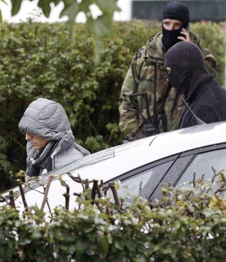 Francia, operazione antiterrorismo: pronti a colpire mercatino di Natale