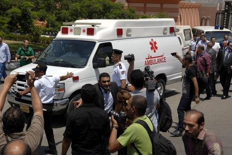 Egitto: strage nella chiesa coopta, il kamikaze ripreso in un video