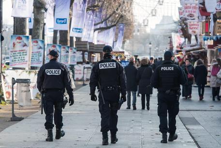 Terrorismo: tunisino espulso doveva colpire in Italia