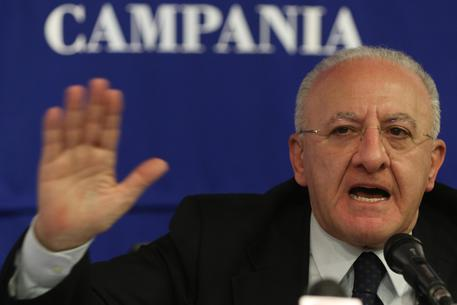 Vaccino Meningite, in Campania è Gratis: l'annuncio di De Luca
