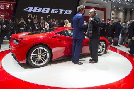 Ferrari 488 Challenge: la rossa per la pista mette il turbo
