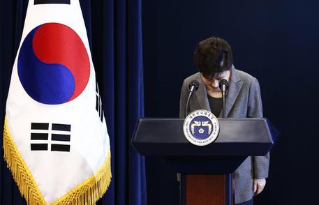 Corea del Sud: parlamento vota su impeachment della presidente