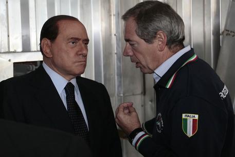 Bertolaso sarà candidato a Roma. Primarie con 6 a sinistra