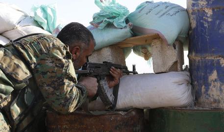 Siria, artiglieria turca contro di noi
