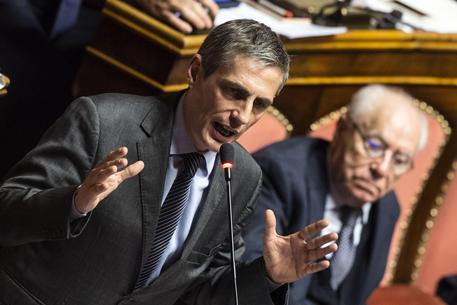 Aggredito senatore del Movimento Cinque Stelle a Torino