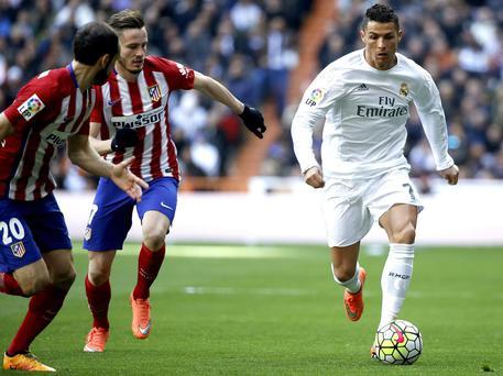 Ronaldo rinnova altri cinque anni con il Real Madrid