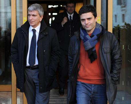 Vendola and life partner Testa (foto: ANSA)