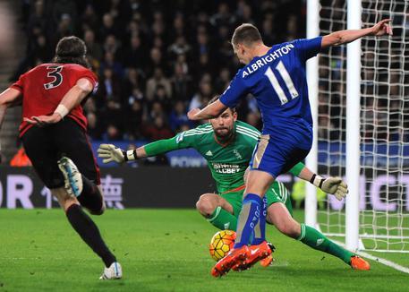 Premier. Leicester frena, 2-2 con WBA