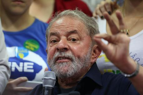 Brazilian prosecutors charge Lula © EPA