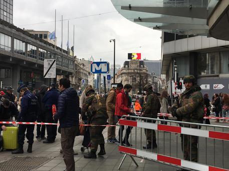 Belgio: blitz a Schaerbeek, un arresto legato a sventato attacco Parigi