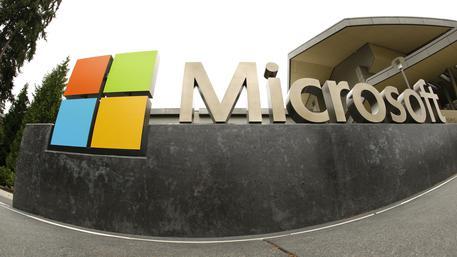Microsoft blocca il software Tay: era diventato razzista e xenofobo