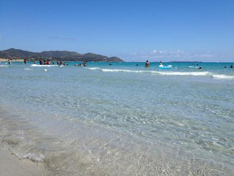 Tassa soggiorno e spiagge numero chiuso - Sardegna - ANSA.it