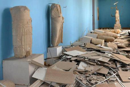 Palmira liberata, archeologi 'scioccati' dalle devastazioni dell'Isis