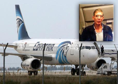 Aereo dirottato a Cipro: arrestato il dirottatore, tutti liberi gli ostaggi