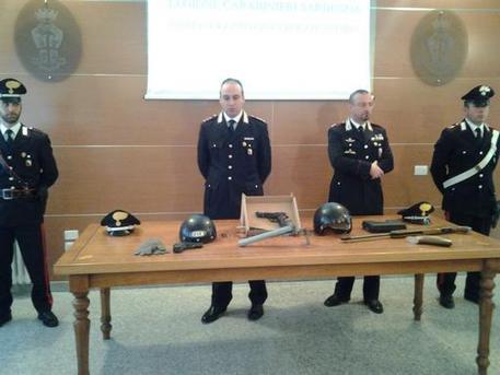 6d1098f7ebac Rapina in tabaccheria, arrestati autori. Due in carcere per il 'colpo' a  Macomer, un terzo per armi