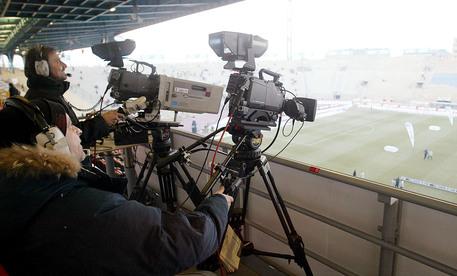 Illeciti nei diritti tv: multa record per Mediaset